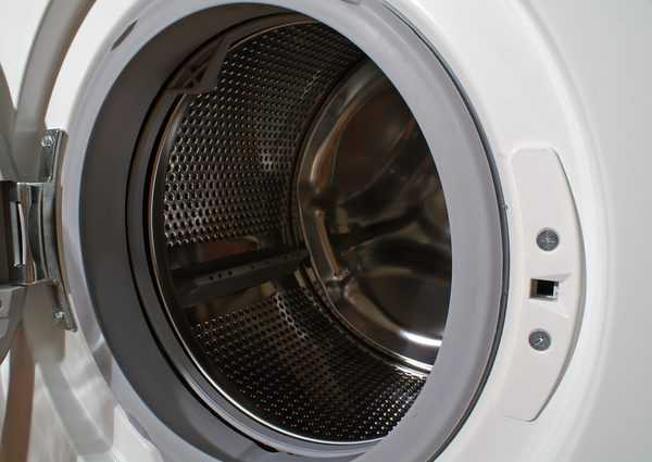 How to clean a front load washer (and keep it fresh smelling, too!)