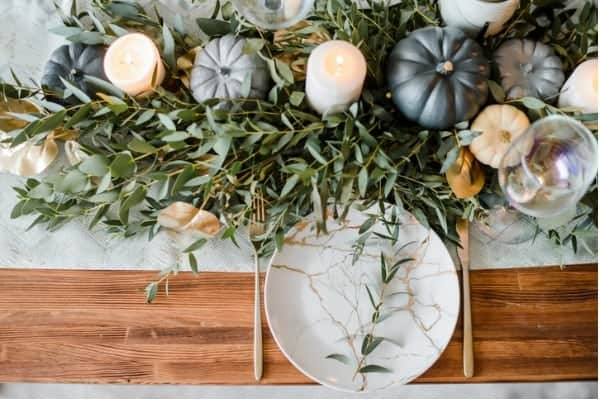 8 breathtaking Thanksgiving tablescapes you have to try