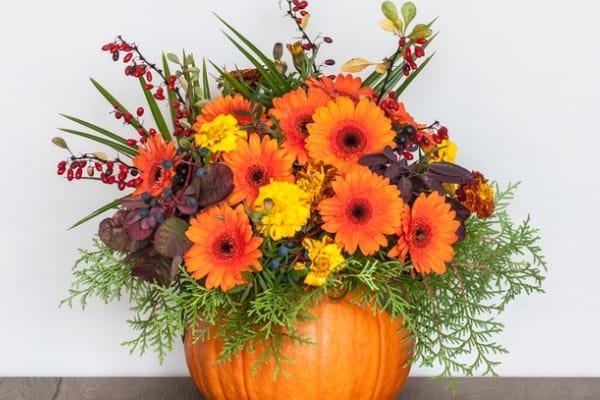 how to make a pumpkin flower arrangement