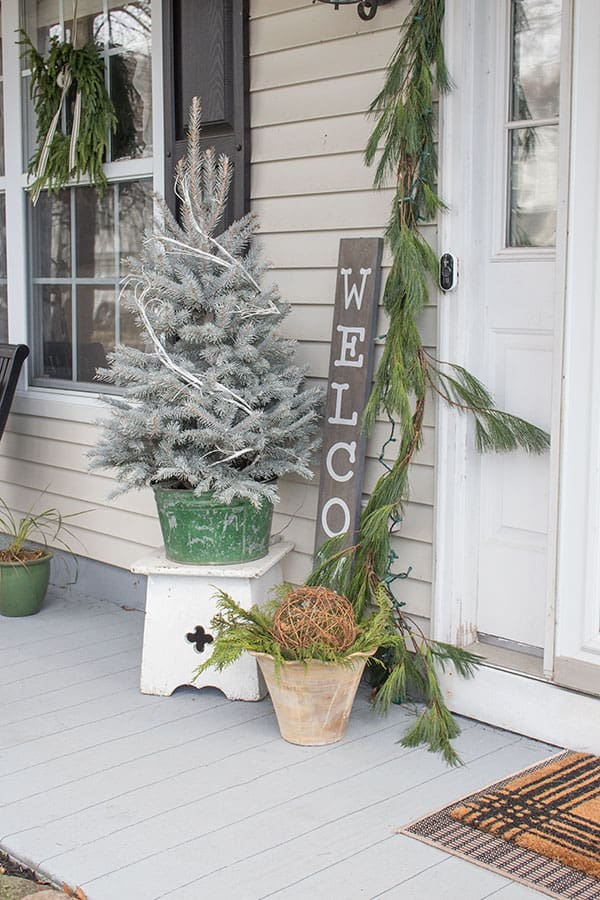 small front porch decorating ideas for christmas
